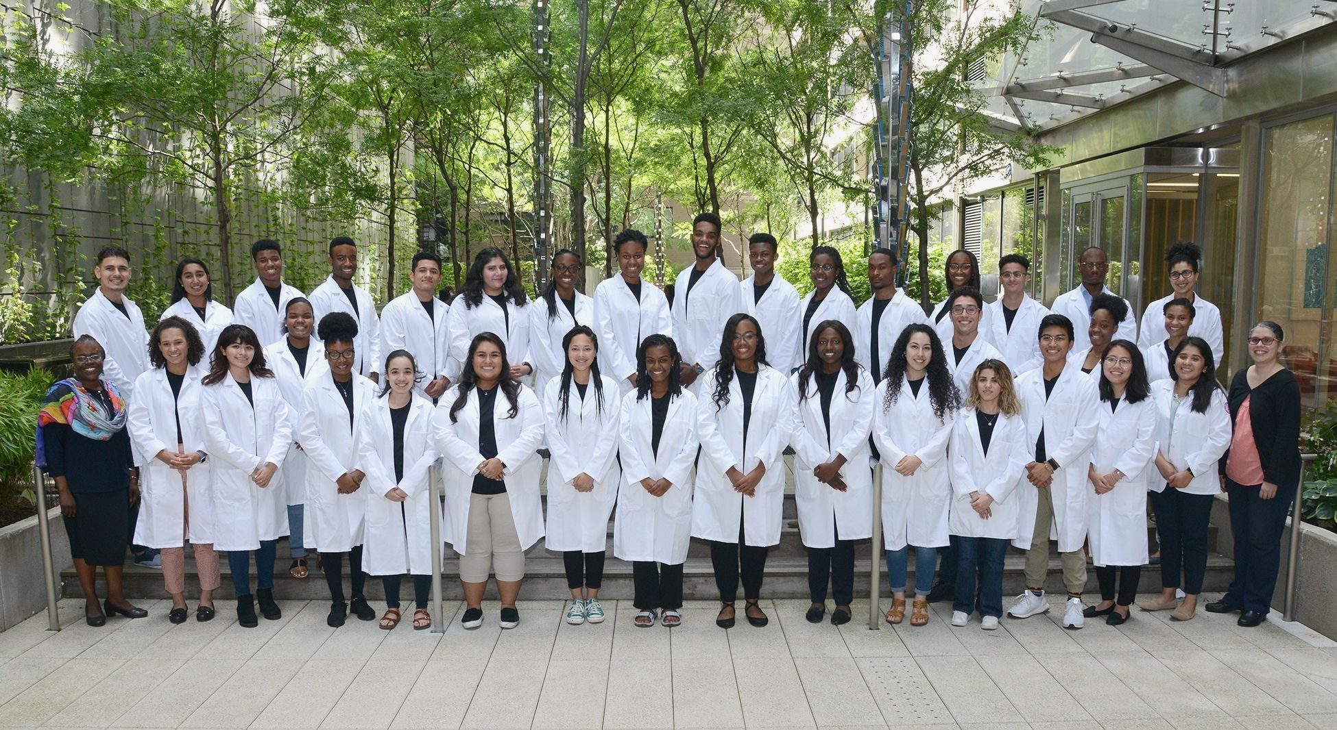 Travelers Summer Research Fellowship Program 2019 Group Photo